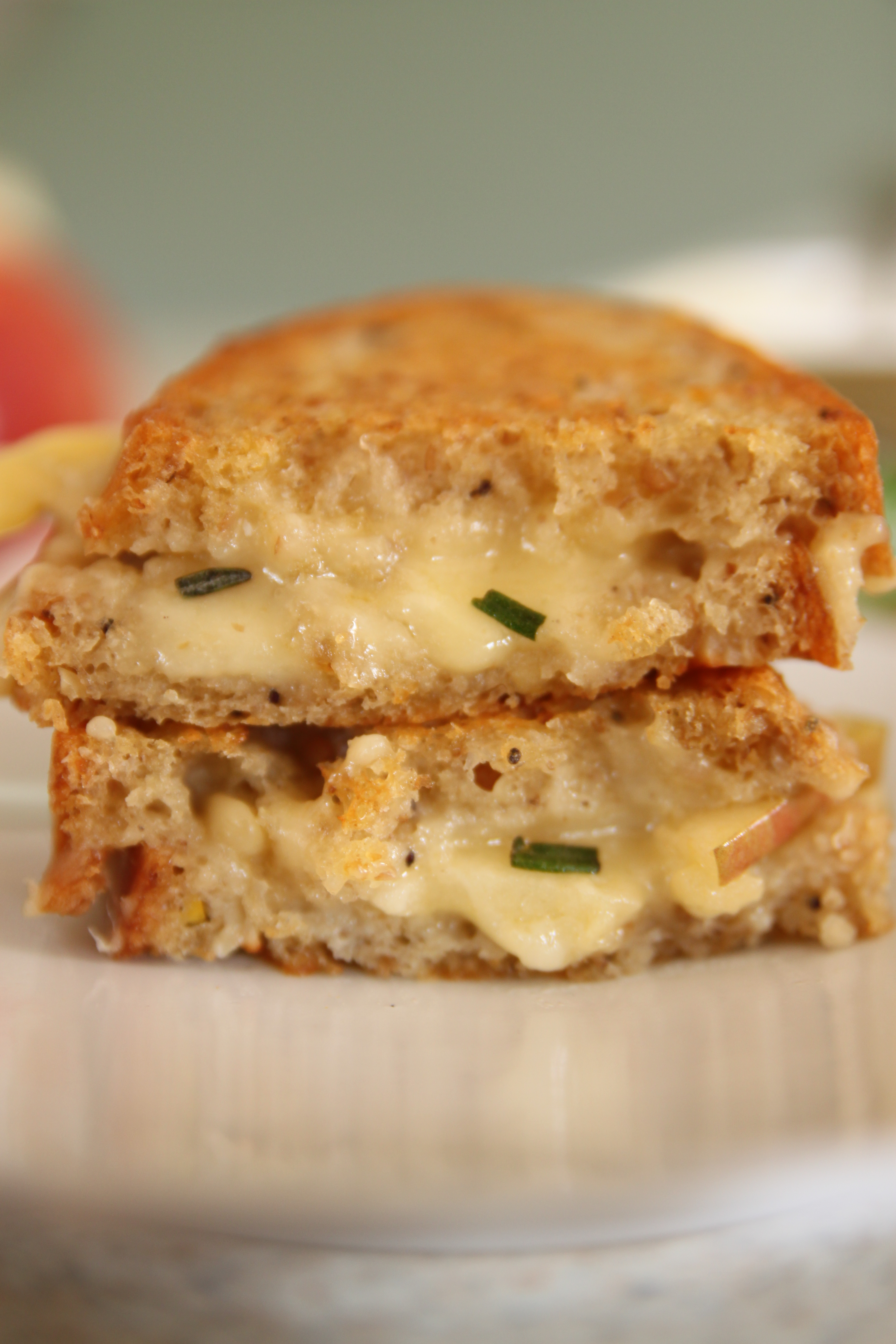 Apples + cheddar + herby nutty butter = TruLuv4Ever
