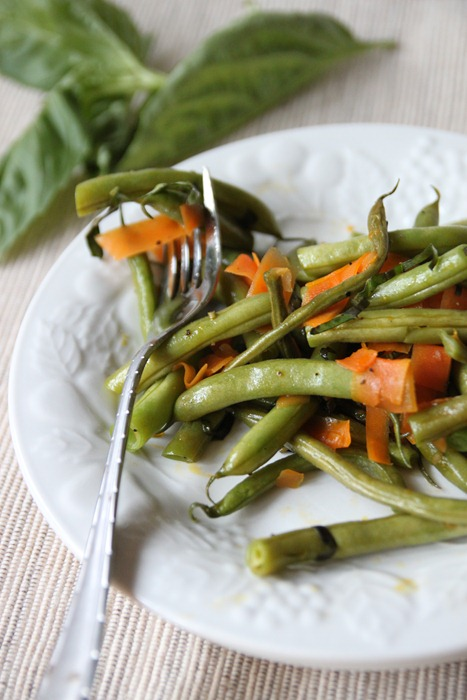 garlic_basil_carrots_green_beans4