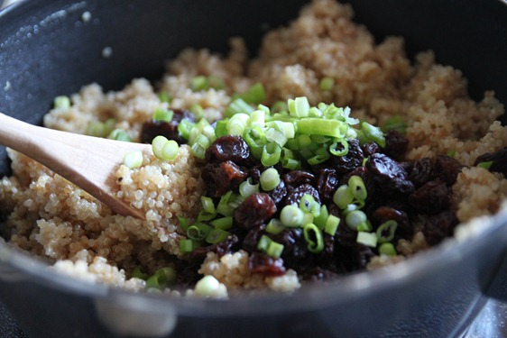 quinoa_raisin_maple_salad3