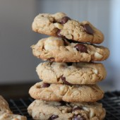 brown butter macadamia cookies
