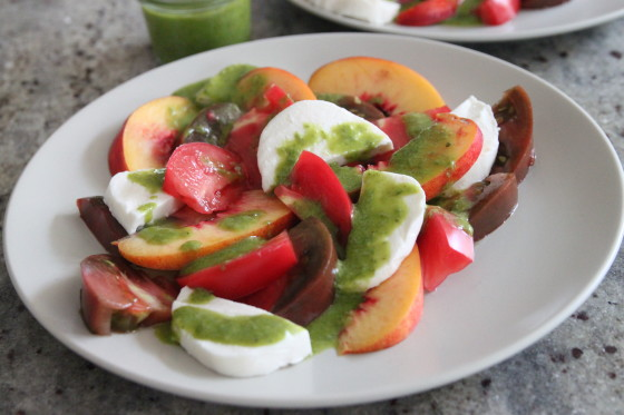 peach caprese salad with basil dressing – Bran Appetit